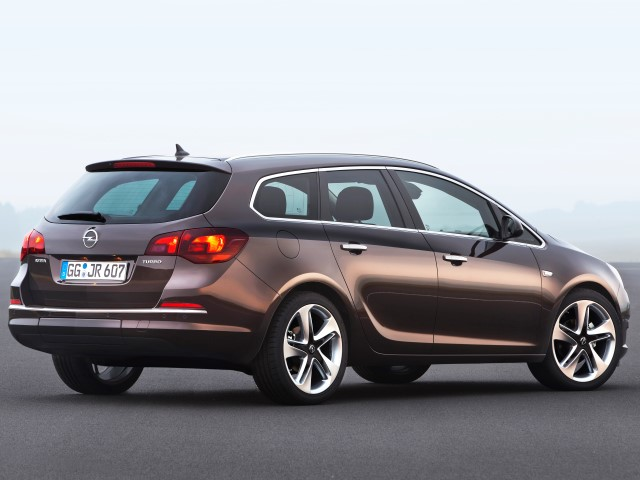 Astra Sports Tourer 1.4 Turbo 140 Cosmo