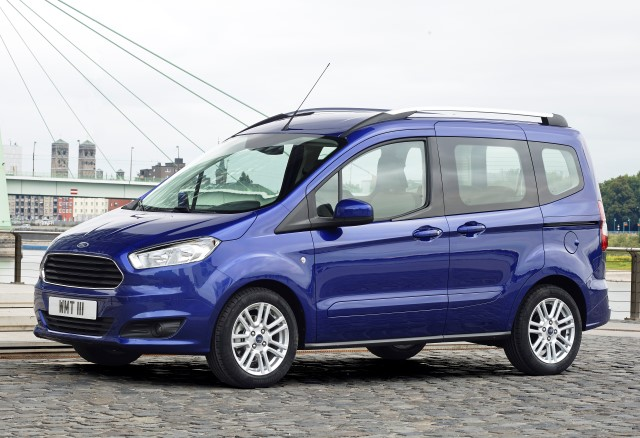 Tourneo Courier 1.0i EcoBoost 100 Ambiente
