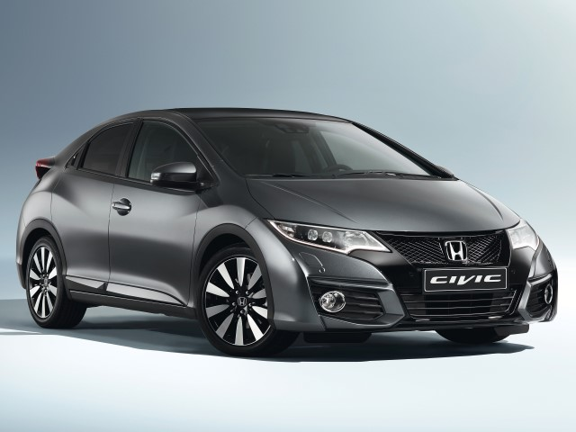 Civic 15YM 1.6 i-DTEC 120 Lifestyle + Connect Navi
