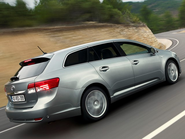 Avensis SW 1.8 Exclusive (FL)